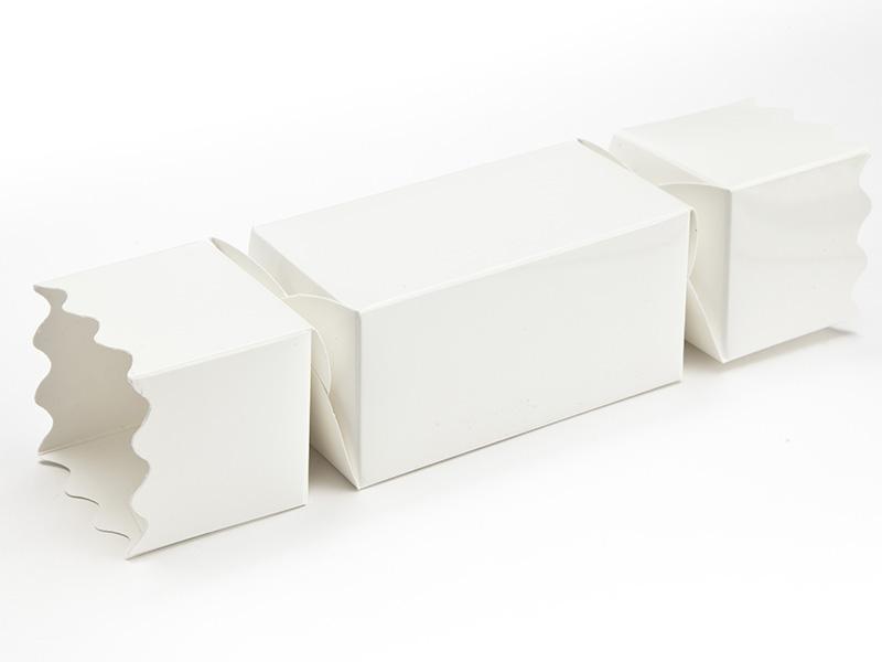 White Small sized Twist End Cracker - Twist-Lock Gift Packaging Cracker Carton Gift Carton Ideal for the festive season