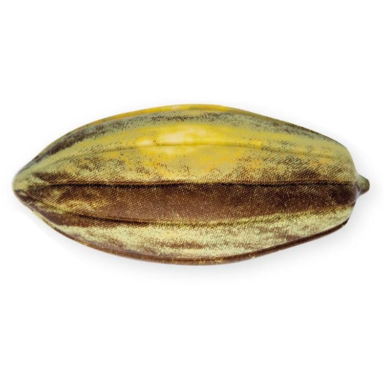 Chocolate cocoa pod half shells | green box of 24These cocoa pod half shells are made with quality white chocolate