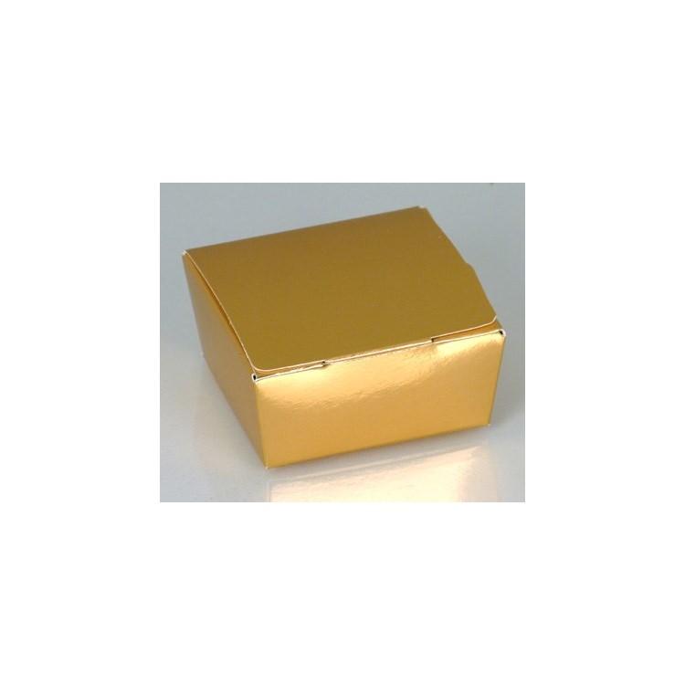 Shiny gold four-choc ballotins